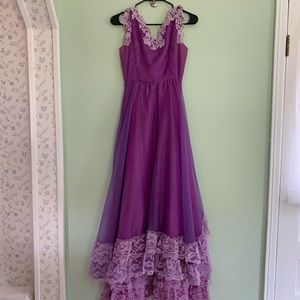 Purple Vintage Tiered Ruffle Lace Gown/Prom Dress